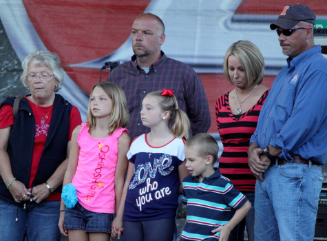 Family accepts Farmer of the Year Award
