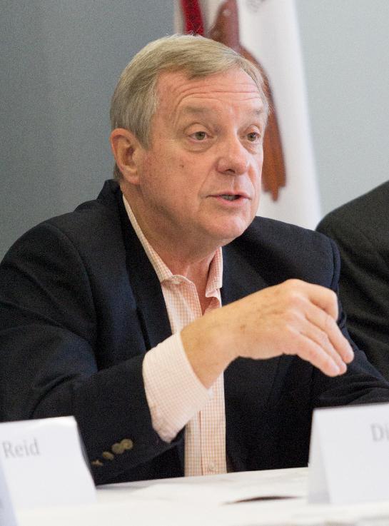 Dick Durbin speaks on lowering student loan debt