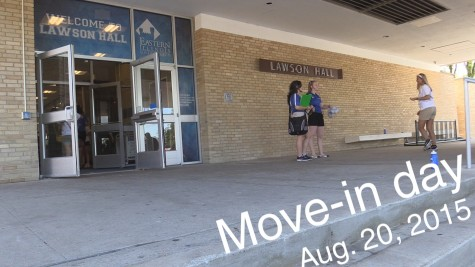 Video: Move-in day 2015