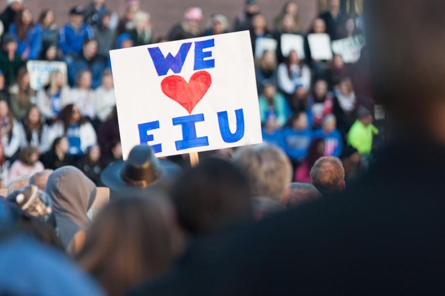 Fund EIU rally draws largecrowd