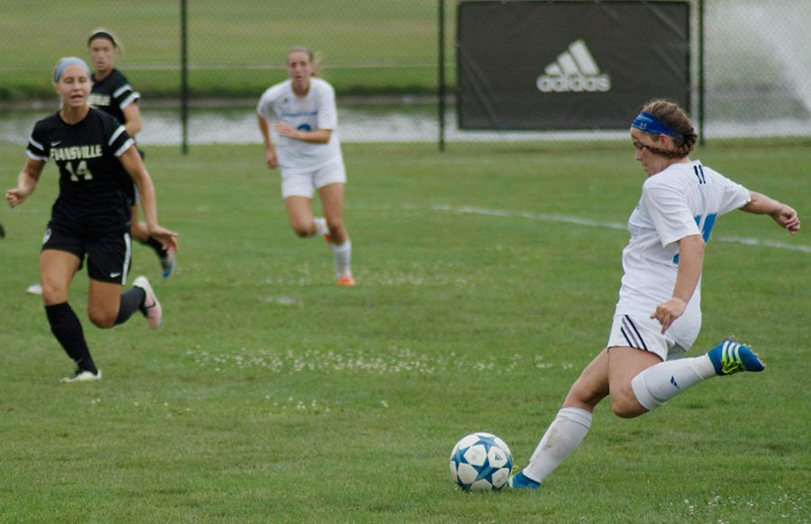 Women's soccer aims for first win