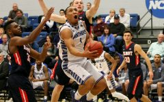 Gallery: Men's Basketball falls 77-64 to OVC leading Belmont