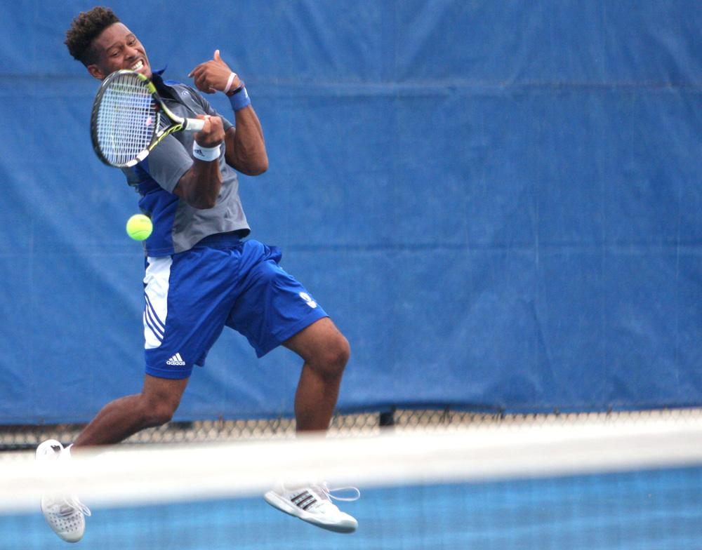 Junior Jared Woodson defeated Missouri-St. Louis' Nathan Pinto 6-2, 6-2 on Oct. 2, 2016, at the Darling Courts.