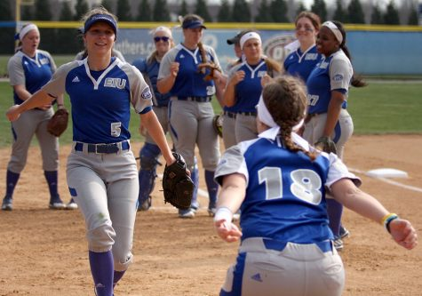 Gallery: Softball takes 3-of-4 against Belmont and Tennessee State over weekend