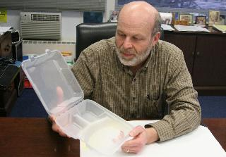 Reusable Clamshell containers could cut down waste