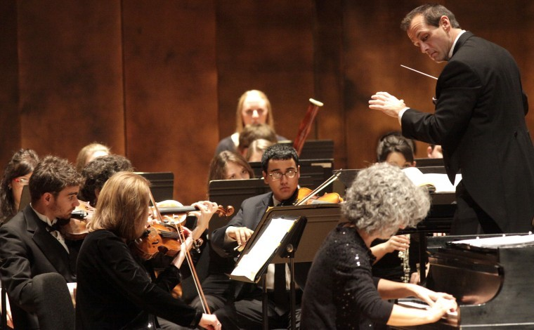 +Photo-Orchestra+to+join+forces+with+Four+Voices++