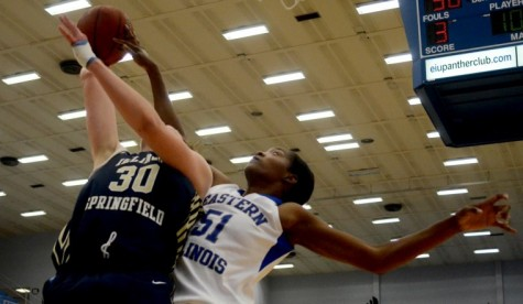 Photo: Panthers score big in exhibition