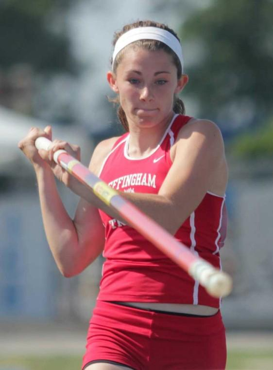 Photo: Top athletes prepare for state