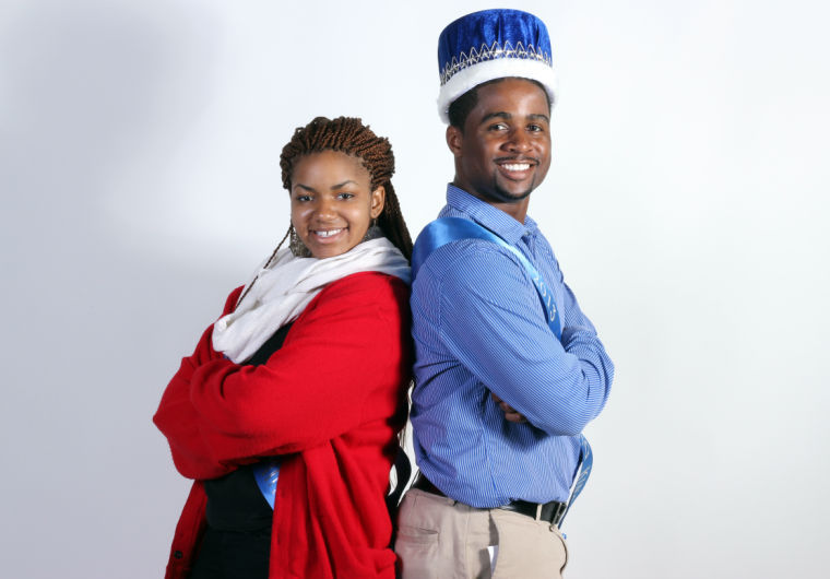 Photo: Queen and King talk homecoming