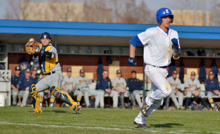 Photo: Eastern loses tight game in series finale