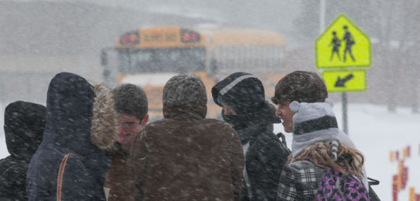 PhotoM: Weather delays buses for Charleston schools