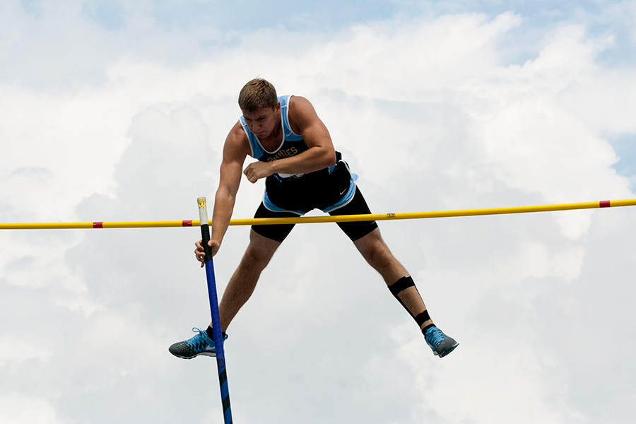 Monte+Wolke%2C+a+junior+from+Toledo+High+School%2C+clears+the+bar+at+the+pole+vault+event+at+the+IHSA+Boys+State+Track+Meet+Thursday+at+O%27Brien+Stadium.