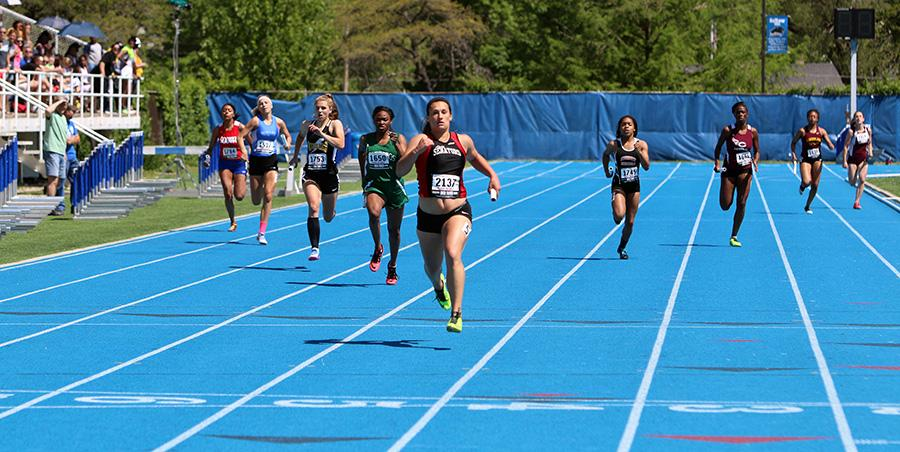 The+anchors+for+the+4x400+meter+relay+teams+race+toward+the+finish+line+during+the+Class+2A+Semifinals+IHSA+Girls+State+Final+Track+Meet+Friday+at+O%E2%80%99Brien+Stadium.