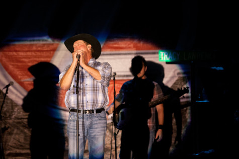 Country singer Tracy Lawerence performs older songs at this year's Red, White and Blue Days July 3.