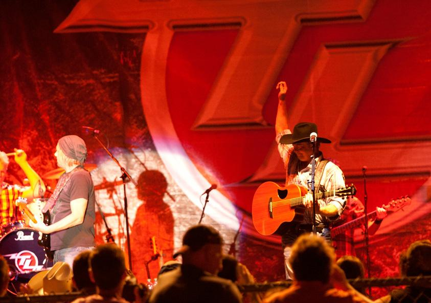 Country artist Tracy Lawrence performed at the Red, White and Blue Days Thursday.