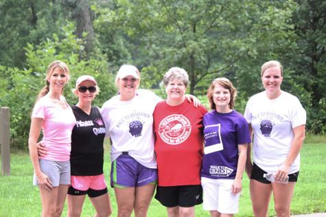 Runners raise Alzheimer's awareness with fun run