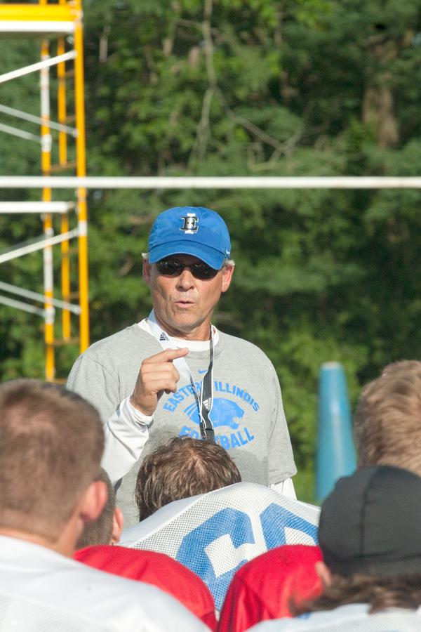 Kim Dameron gives a speech to his players at the end of practice on Thursday near OBrien Field. Dameron enters Thursdays game against Minnesota as a first-time head coach after being the defensive coordinator at Louisiana Tech last year.