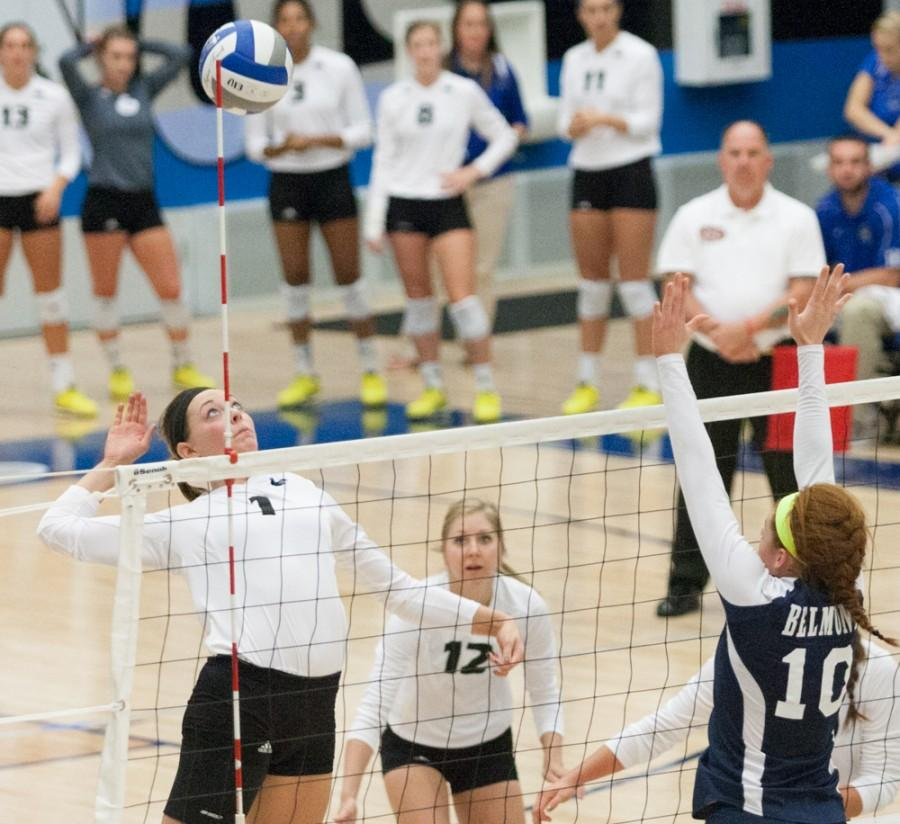 Red-shirt+freshman+middle+hitter+Josie+Winner+goes+up+for+the+spike+in+a+game+against+Belmont++on+Saturday+at+Lantz+Arena.++The+Panthers+beat+the+Bruins+3-2.++Winner+had+11+kills+and+helped+the+Panthers+score+12+points+during+the+match.