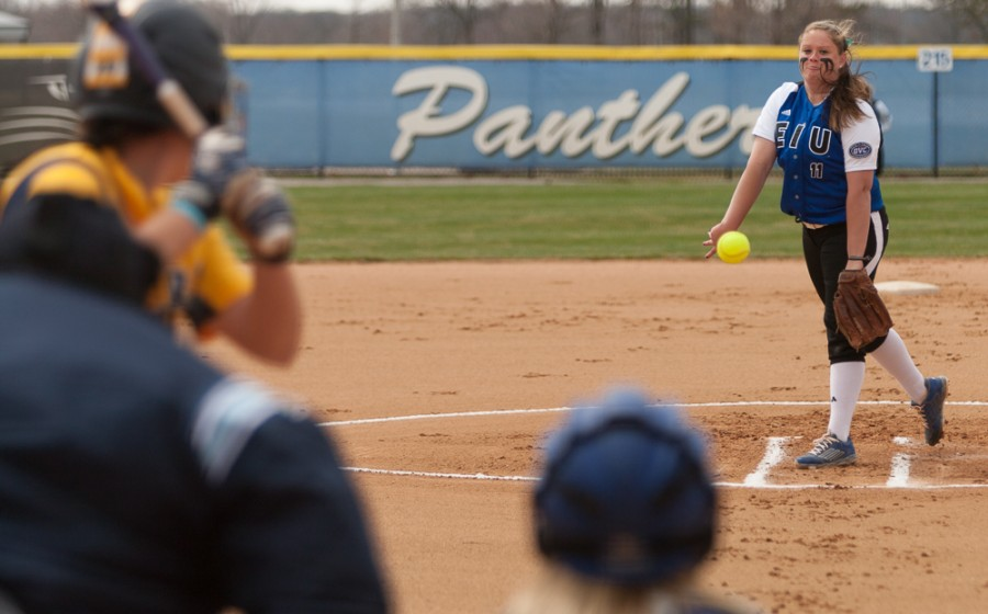 Freshman+pitcher+Michelle+Rogers+pitches+during+the+first+game+in+a+doubleheader+against+Murray+State+on+Sunday+at+Williams+Field.+The+Panthers+swept+the+doubleheader+3-1+and+7-6.++The+Panthers+play+Murray+State+on+Monday+at+2+p.m.+at+home.