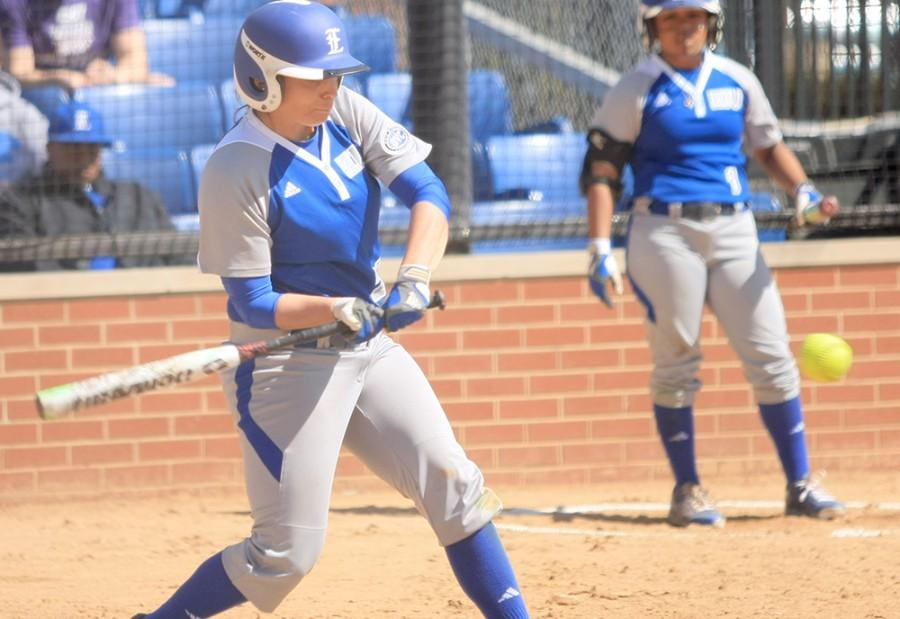 April+Markowski%2C+an+outfielder%2C+attempts+to+get+a+hit+the+softball+game+against+Murray+State+Monday+at+Williams+Field.+The+Panthers+currently+have+a+record+of+10-16.