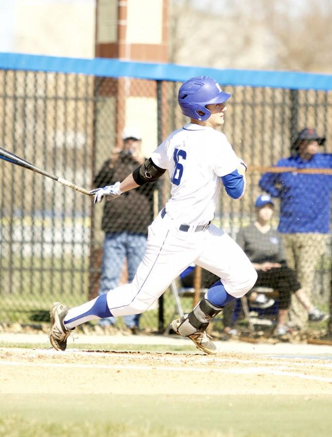 Dane Sauer, a senior infielder, looks to run to first base Tues. March 31 in the Panthers' match-up against Illinois State at Coaches Stadium. The Panthers record is currently 1-24.
