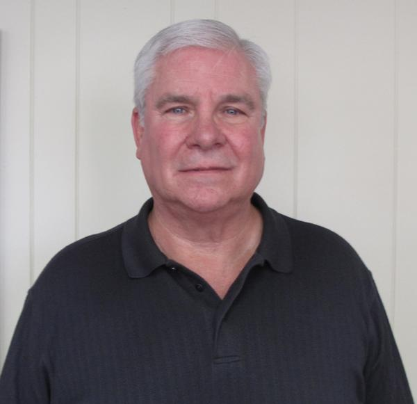 Jim Dunn, who served as a Charleston City Council member from 1987 to 2013, was reelected to serve as a council member Tuesday to fill the seat of Brandon Combs, who will now serve as mayor.