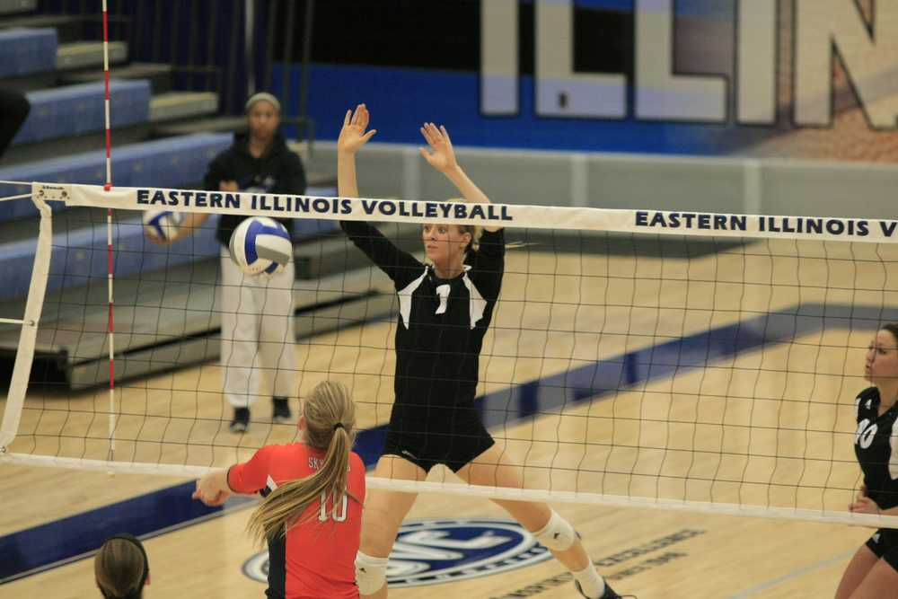 Freshman outside hitter and setter Taylor Smith goes to block the ball during the game against Tennessee-Martin Friday in Lantz Arena.