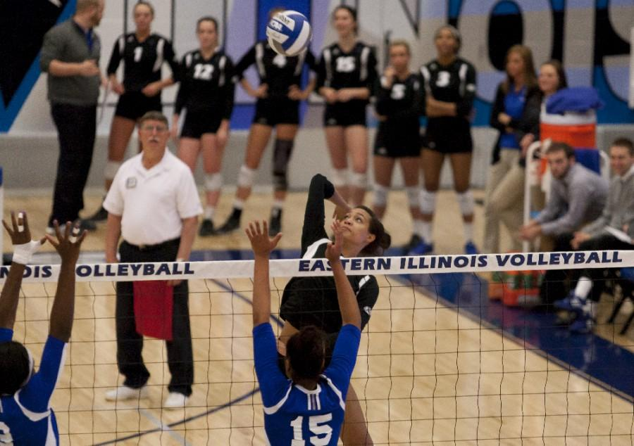 Senior+Chelsea+Lee+had+14+kills+out+of+40+attempts+during+the+Panthers%27+3-1+loss+to+Tennessee+State+on+Saturday.