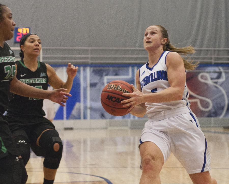 Sophomore+guard+Grace+Lennox+had+15+points+during+the+Panthers%27+68-66+loss+to+Stetson+on+Sunday+in+Lantz+Arena.