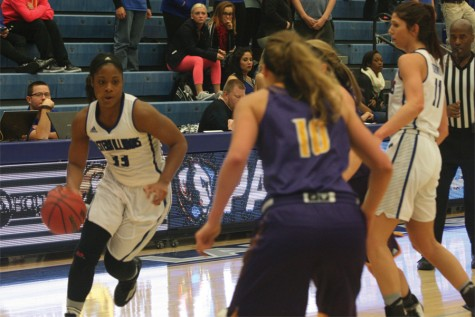 Eastern women's basketball falls to Western