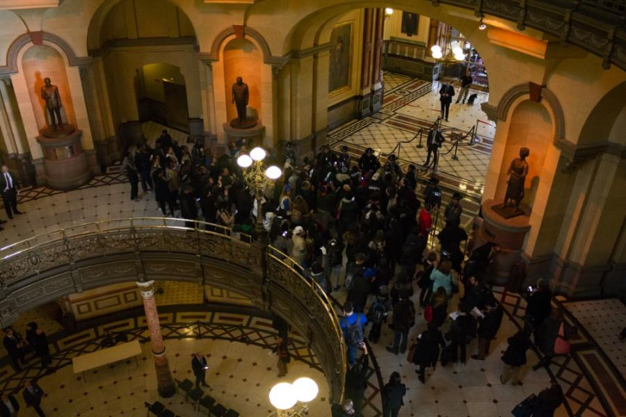 Members+of+the+Chicago+State+delegation+rally+and+chant+in+front+of+the+governor%27s+office+on+Feb.+17+in+the+Capitol+Building+in+Springfield.