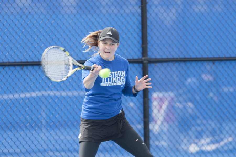 Junior Kelly Iden defeated Belmont's Lara Van Eeckhoudt, 6-3, 6-2 in singles play on April 1 at the Darling Courts. Iden defeated Austin Peay's Lidia Yanes Garcia 6-2 on the first day of the OVC tournament and was defeated by Tennessee-Martin's Sarah Candeloro 6-2, 6-4 on day two.