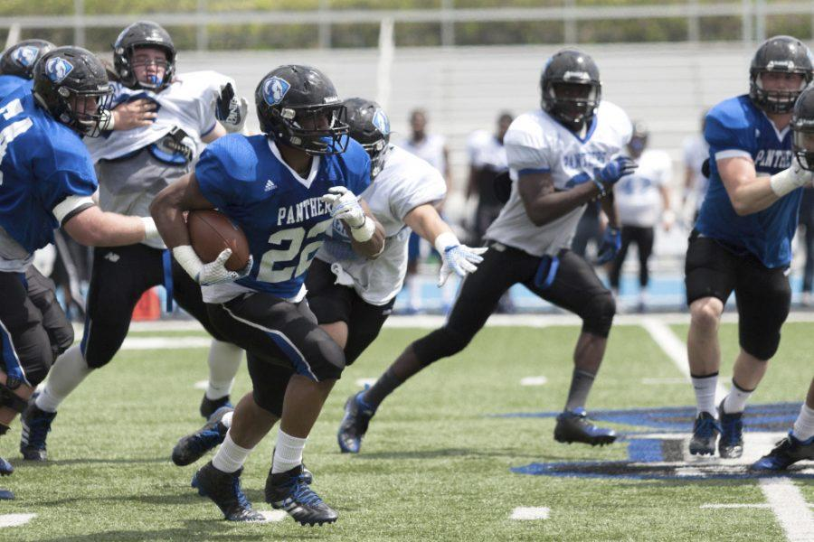 Junior+running+back+Korliss+Marshall+had+125+yards+between+receptions+and+carries+during+the+Panther+football+teams+scrimmage+game+on+Saturday+at+OBrien+Field.+The+defense+defeated+the+offense+26-20.