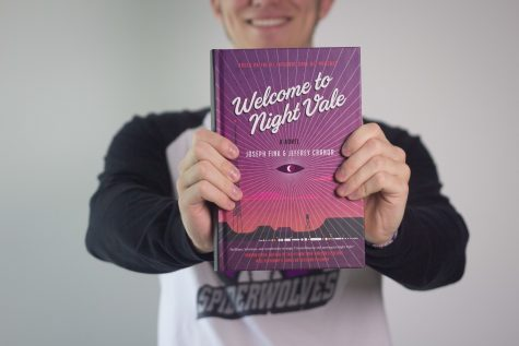 Review: 'Night Vale' mystifies