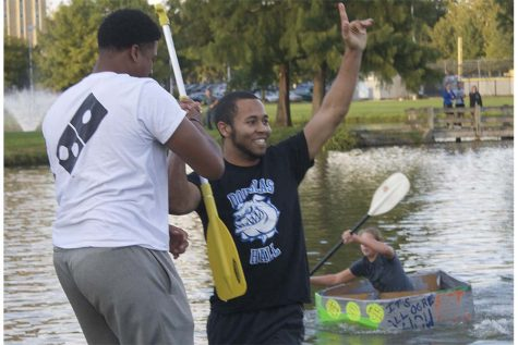 Boat race brings residents together