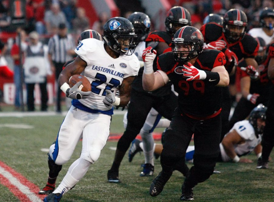 Korliss+Marshall+runs+into+a+wall+of+SEMO+defenders+Saturday+at+Houck+Stadium.+Marshall+carried+the+ball+8+times+for+18+yards+in+the+Panthers+21-14+loss.