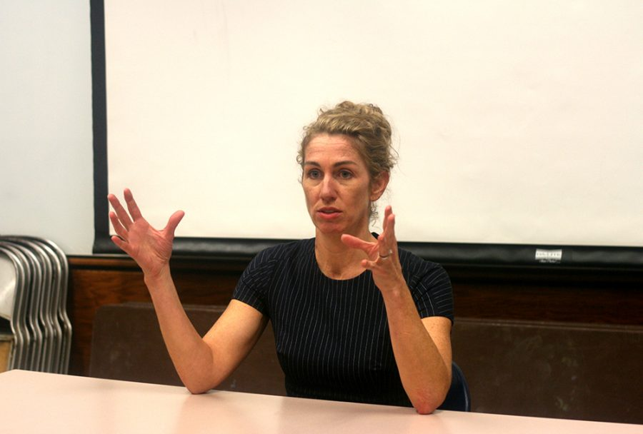 Heidi+Stevens%2C+former+Editor+in+Chief+for+The+Daily+EasternNews+and+coulumnist+fof+The+Chicago+Tribune+discusses+her+personal+and+proffesional+life%2C+and+emphasises+the+importance+of+writing+what+you+want.