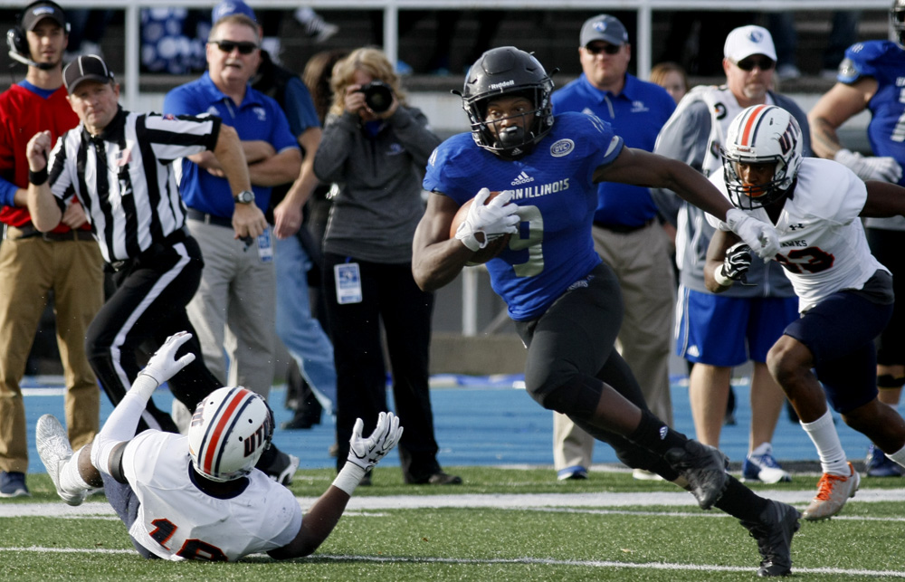 Redshirt senior Devin Church breaks away 27-yard touchdown in the fourth quarter Saturday against UT-Martin. Church carried the ball 13 times for 101 yards in the 17-33 OVC loss.