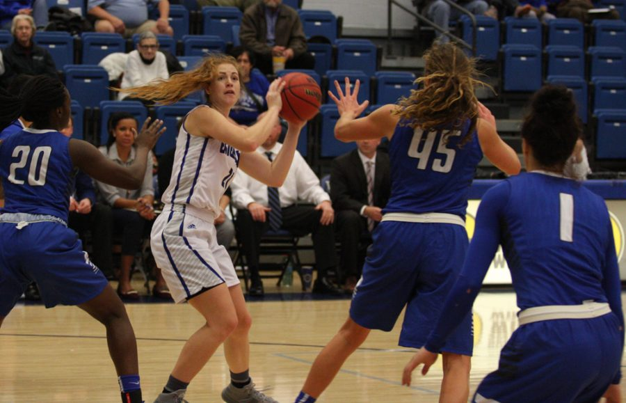 Sophomore Halle Stull looks for a teammate to pass the ball to on Monday against Indiana State at Lantz Arena.