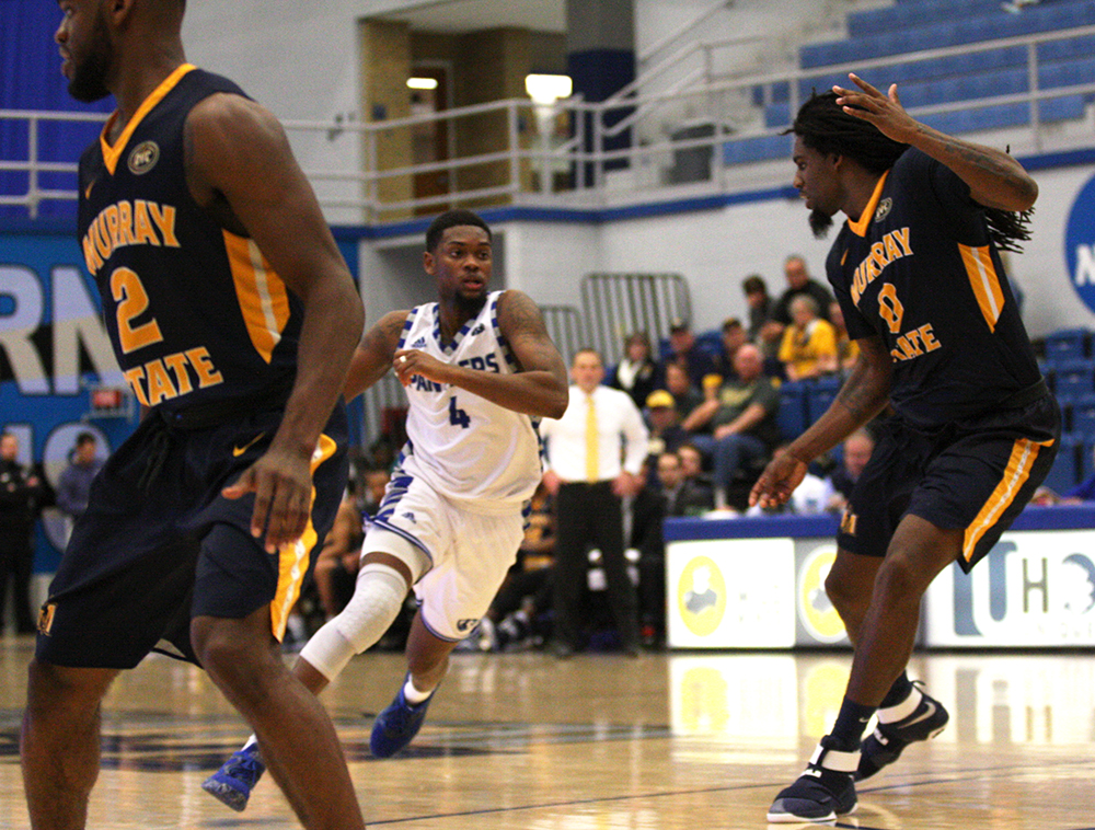Gallery Men S Basketball Suffers 83 72 Loss To Murray