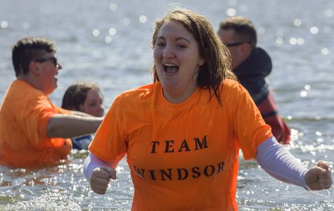 Volunteers 'plunge' for the Special Olympics