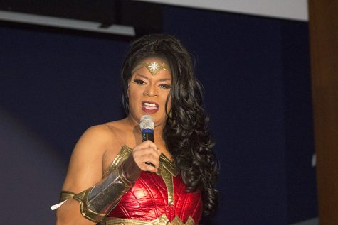 Divas dominate Grand Ballroom Mondaynight