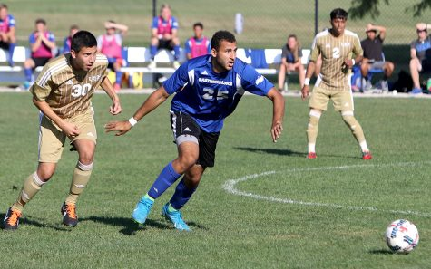 Shady Omar dribbles past midfield in the Panthers' 1-0 win over Saint Francis Sept. 10 at Lakeside Field. It was Eastern's last win.