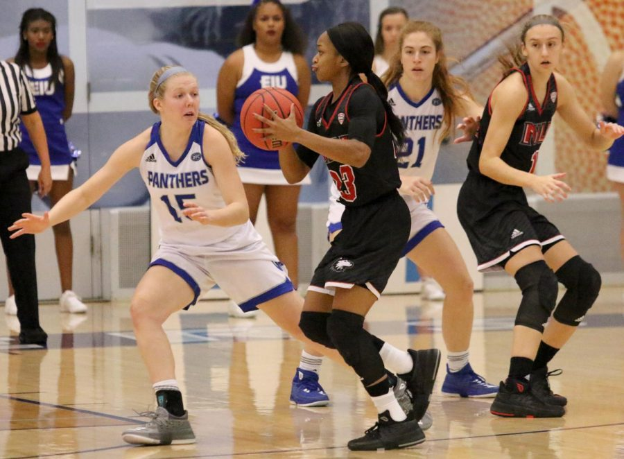 Eastern+freshman+Taylor+Steele+guards+a+Northern+Illinois+player+in+the+Panthers%E2%80%99+93-64+loss+to+the+Huskies+Nov.+10+at+Lantz+Arena.+Steele+had+nine+points+off+the+bench+for+the+Panthers+Tuesday+night+in+the+teams+77-69+loss+to+Cleveland+State.