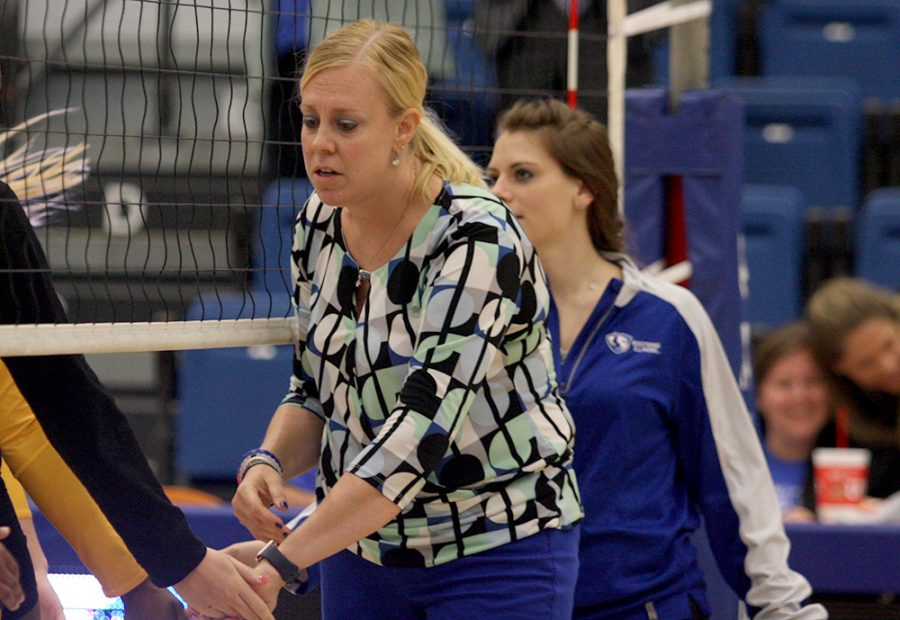 Eastern+volleyball+coach+Sam+Wolinski+shakes+the+hands+of+Tennessee+Tech+players+following+Eastern%E2%80%99s+win+Oct.+20+in+Lantz+Arena.+Her+contract+was+not+renewed+by+Eastern+as+it+was+announced+Thursday+afternoon.