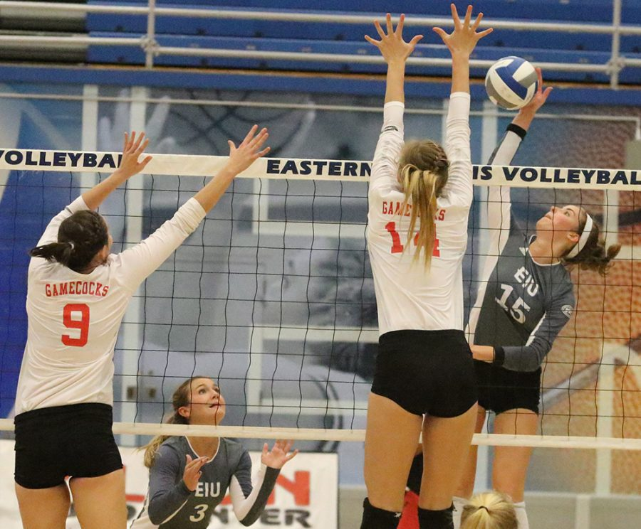 Eastern+freshman+Laurel+Bailey+returns+a+ball+over+the+net+against+Jacksonville+State+on+Oct.+21+at+Lantz+Arena.+Eastern+won+the+conference+the+match+3-2.+The+Panthers+have+a+6-6+conference+record+this+season.