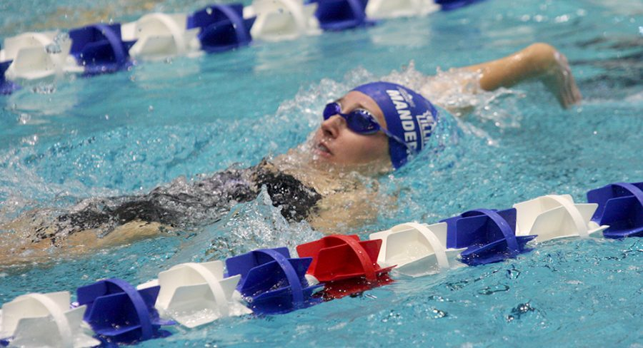 Sophomore+Rachel+Manderscheid+swims+the+backstroke+leg+of+the+individual+medley+relay+in+the+Panthers%E2%80%99+meet+against+Butler+and+Western+Oct.+28+at+the+Padovan+Pool.