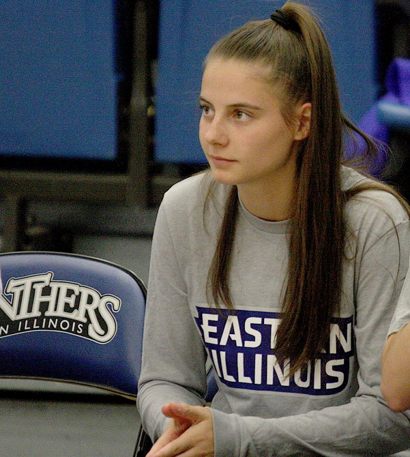 Freshman+Jordan+Pyle+attended+her+first+Eastern+women%E2%80%99s+basketball+game+Saturday+in+Lantz+Arena.+Pyle+is+one+of+coach+Matt+Bollant%E2%80%99s+recruits+and+is+redshirting+this+season.