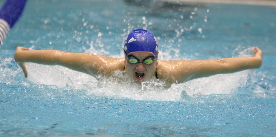 Sophomore+Julia+Martin+swims+the+women%E2%80%99s+100-yard+butterfly+against+Valparaiso+Jan.+20+at+the+Padovan+Pool.+Martin+took+third+in+the+event.+Eastern%E2%80%99s+men+and+women+lost+to+Saint+Louis+Saturday.