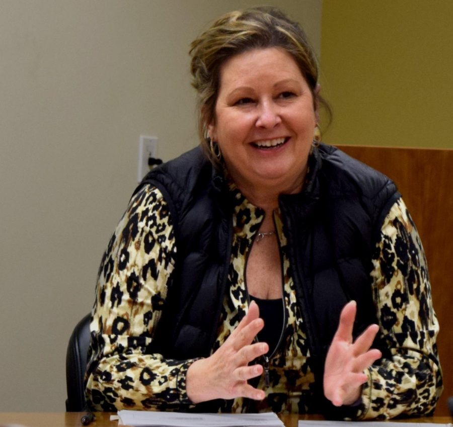 Linda Simpson is the executive director of the Literacy in Financial Education Center. The revised course she presented, Personal and Financial  Literacy, was the first course at Eastern to be taught online back in the late 1990s, Simpson said.
